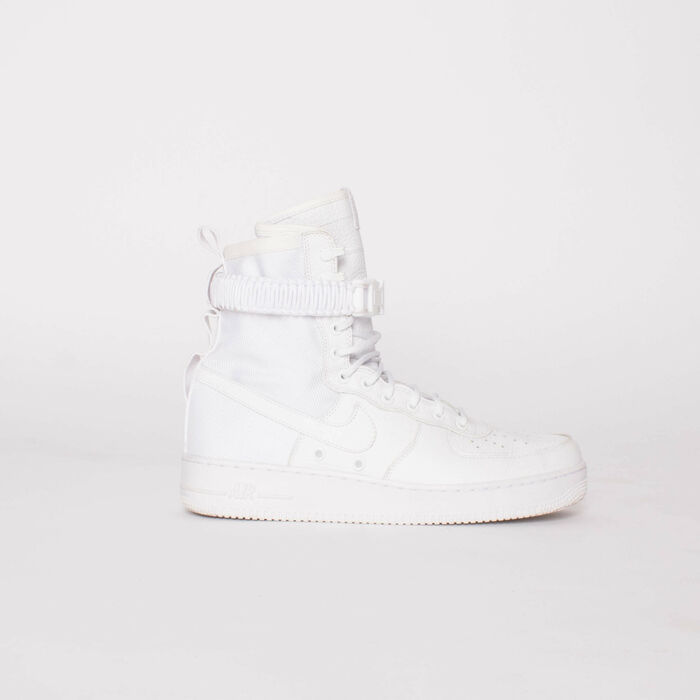 Nike SF Air Force 1 Sneakers in Triple White