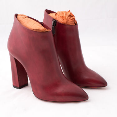 Santoni Pointed Leather Ankle Boot