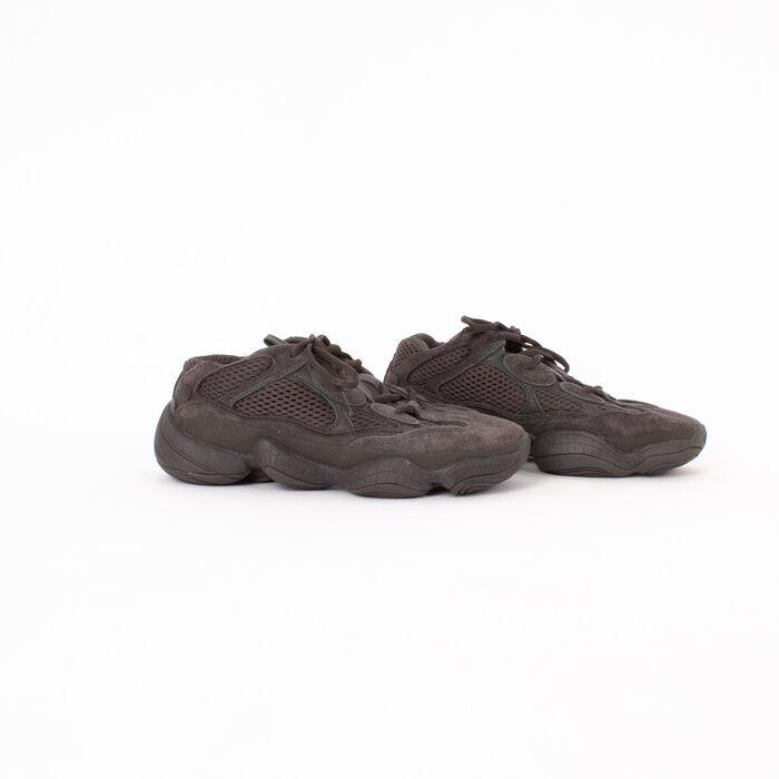 Adidas Yeezy 500 in Utility Black