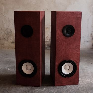 Sound Speakers - Barn Red