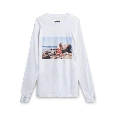 Baron Woman on the Beach Long-Sleeve - White
