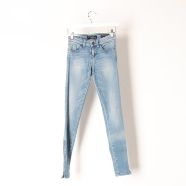 GUESS Brittney Mid Rise Skinny Jean