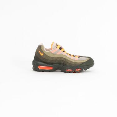 Nike Air Max 95 in Neutral Olive