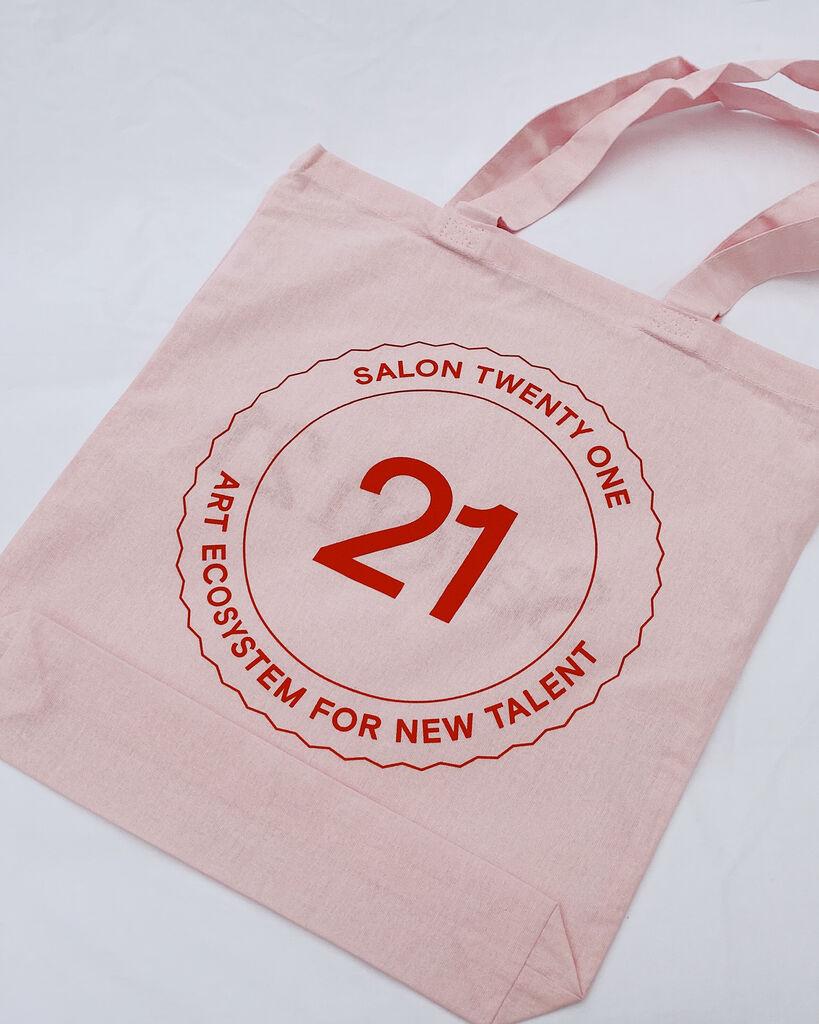 Salon 21 Tote Bag