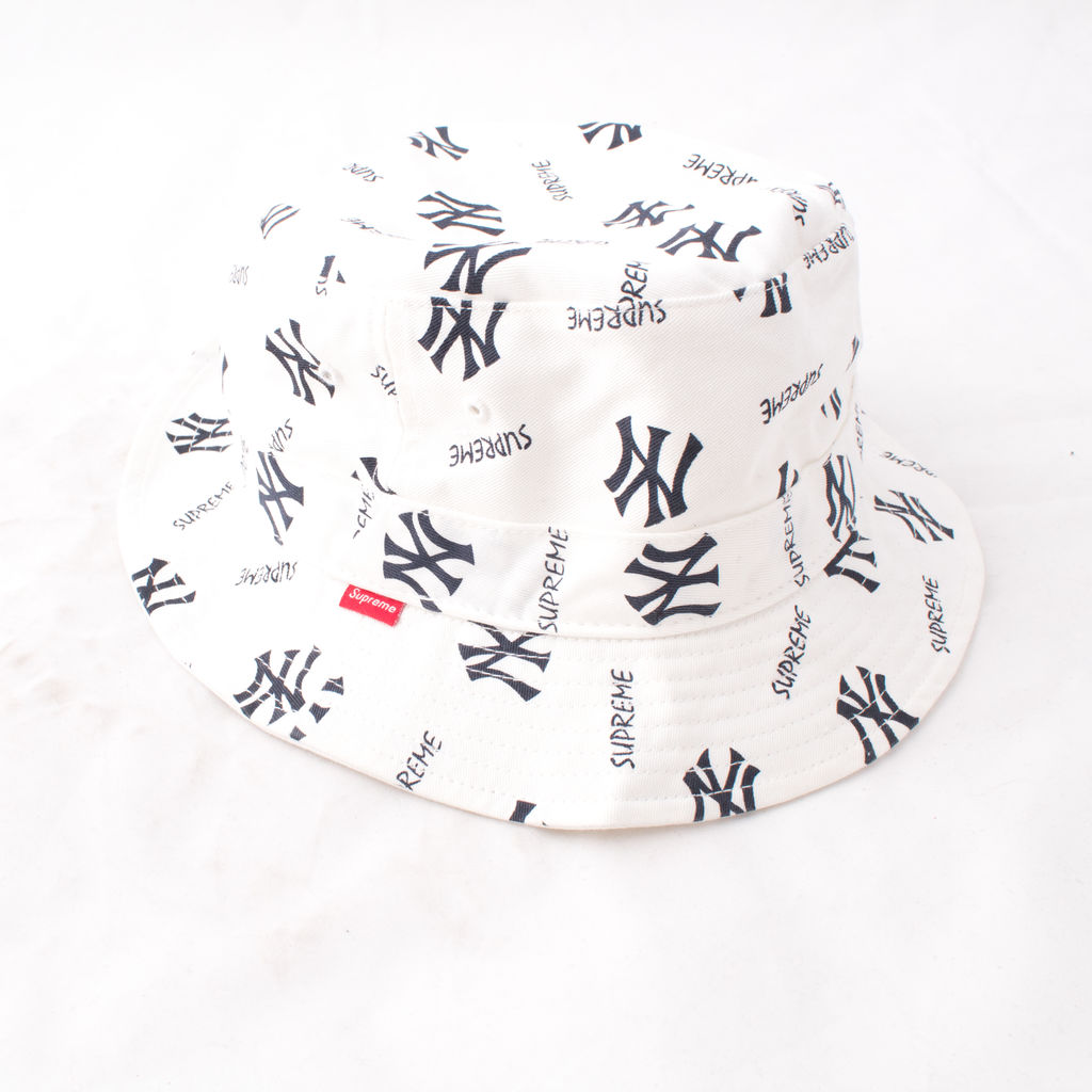 Supreme x Yankees Crusher Bucket Hat