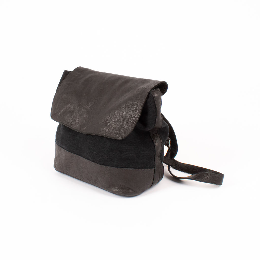 Clyde Small Room Backpack in Espresso