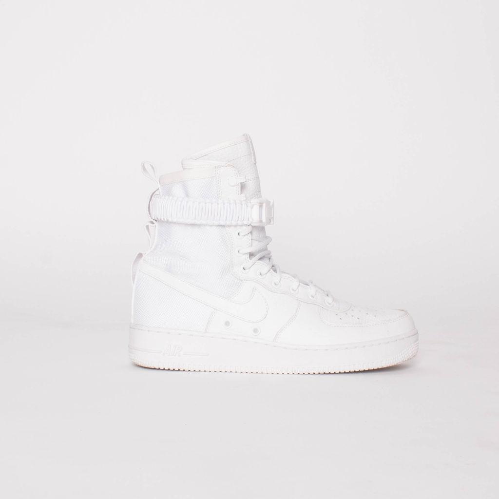 Nike SF Air Force 1 Sneakers in Triple