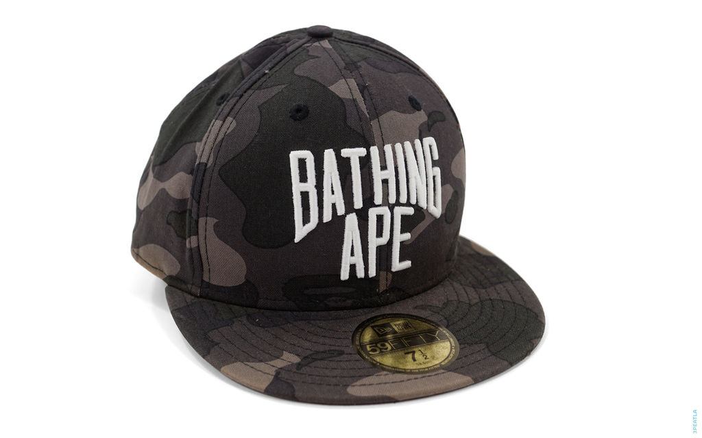 Color Camo New York Logo Fitted black