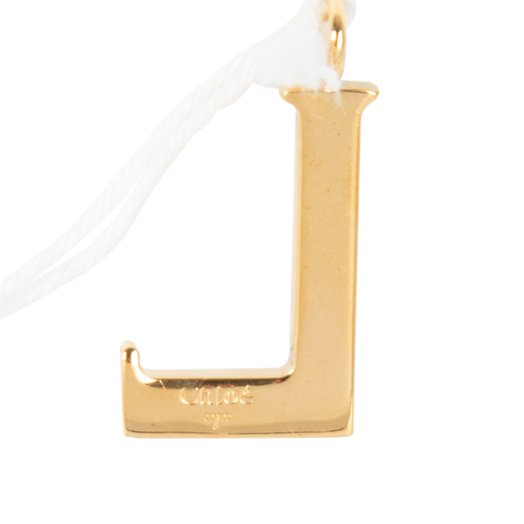 Chloe Alphabet Necklace Pendant in Letter L