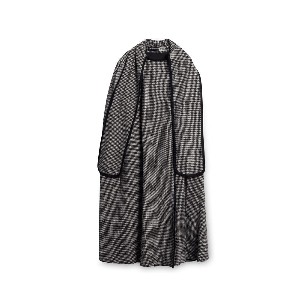Alorna Wool Houndstooth Sleeveless Overcoat - Black/White