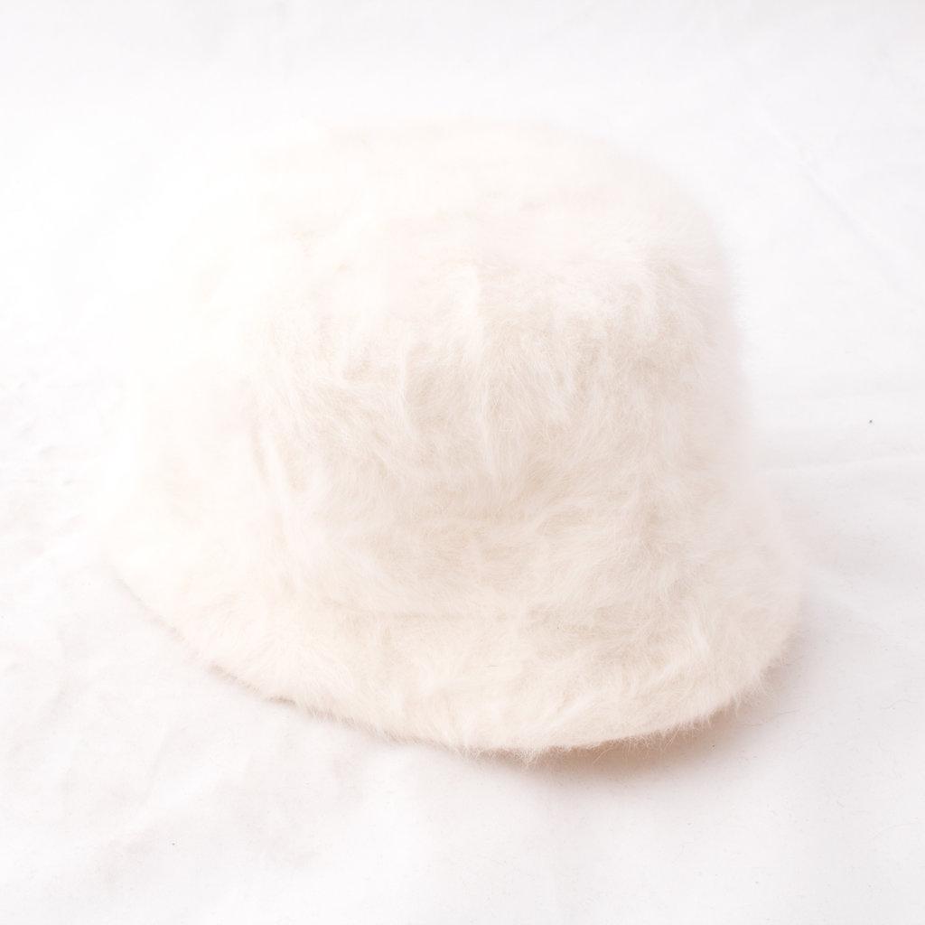 Kangol Hat in white