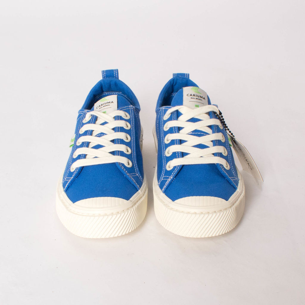 Cariuma OCA Low Washed Blue Contrast Thread Canvas Sneaker