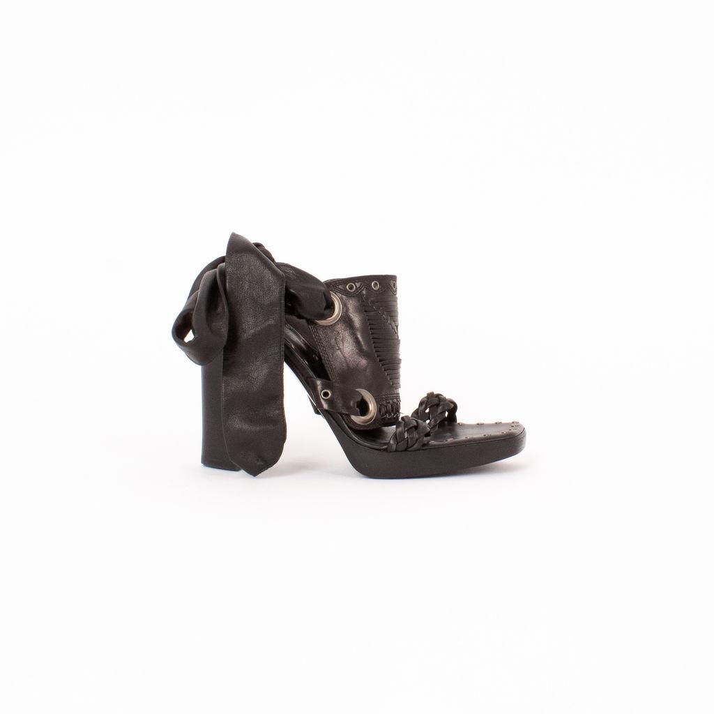 Yves Saint Laurent Leather Tie Detail Heels
