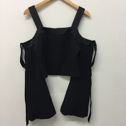 C/MEO Open Shoulder Crop top curated by Sami Miro