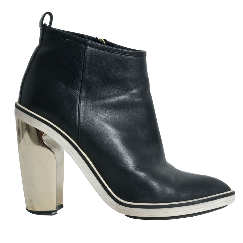 Nicholas Kirkwood Black Leather Ankle Boots