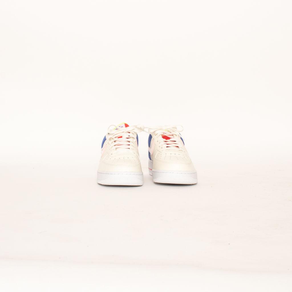 Nike Air Force 1 Low Top Sneakers