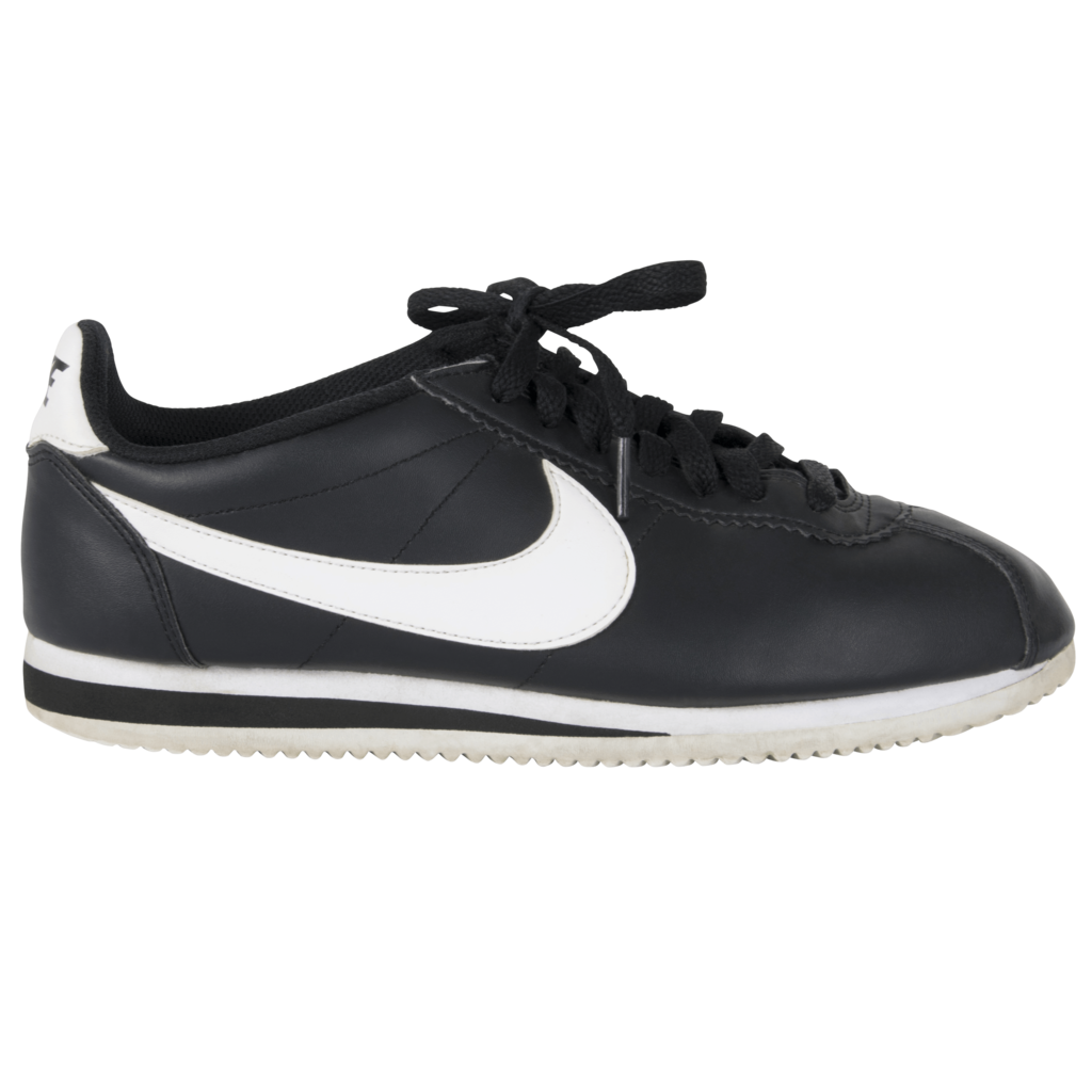 Nike Cortez Sneakers in Black