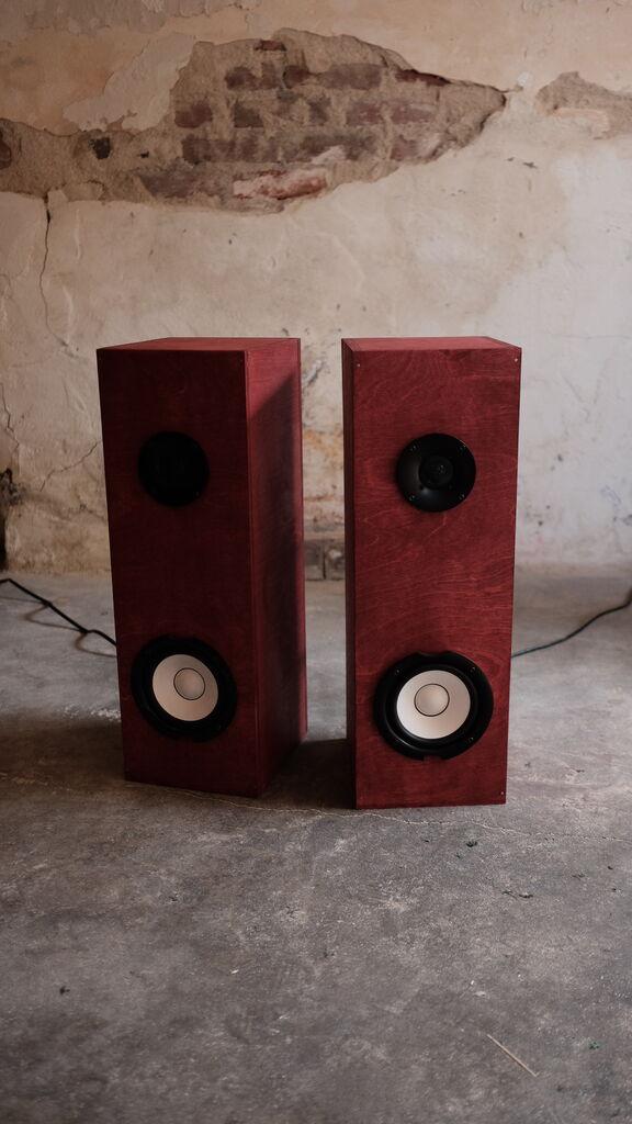 "The ""Sound"" Speaker by EA Design Studio"