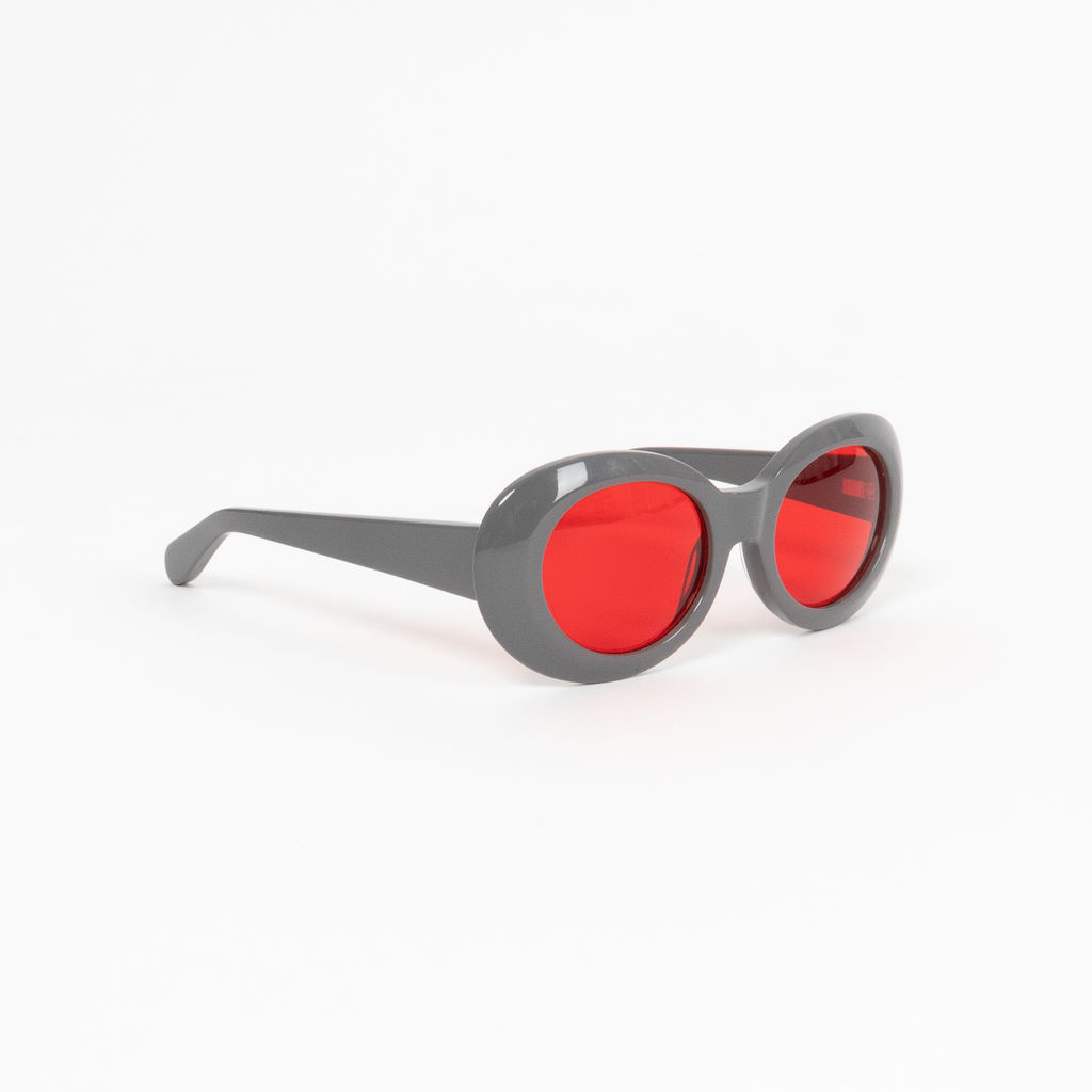 Diminish Oval Sunglasses in Charcoal