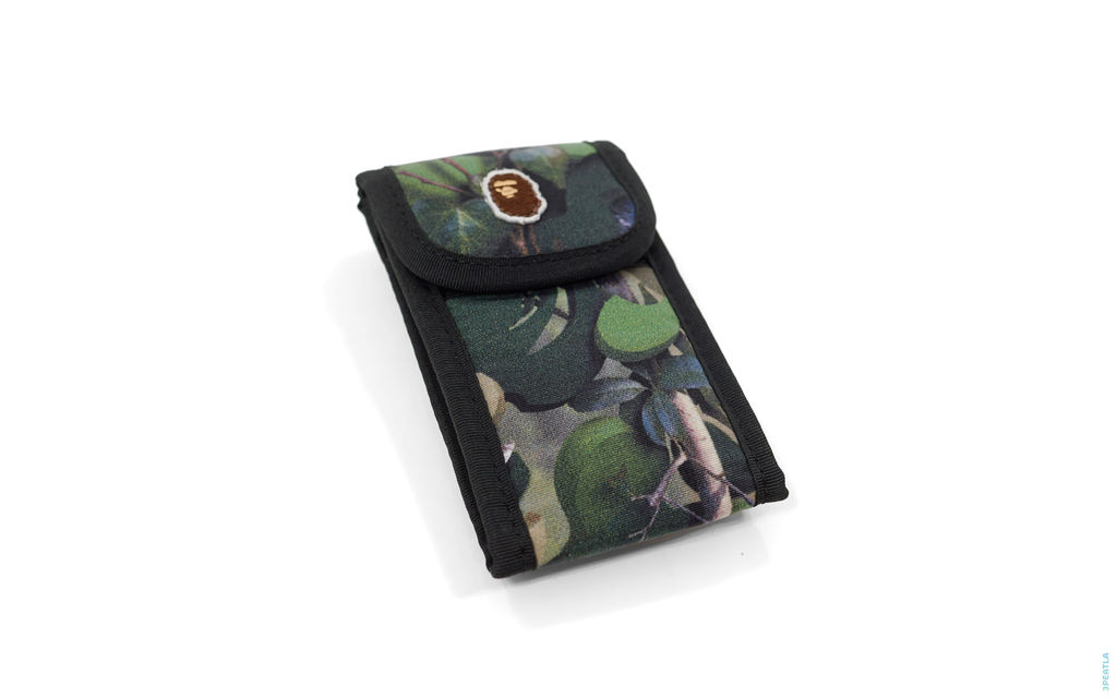 Real Tree Camo Mobile Case green