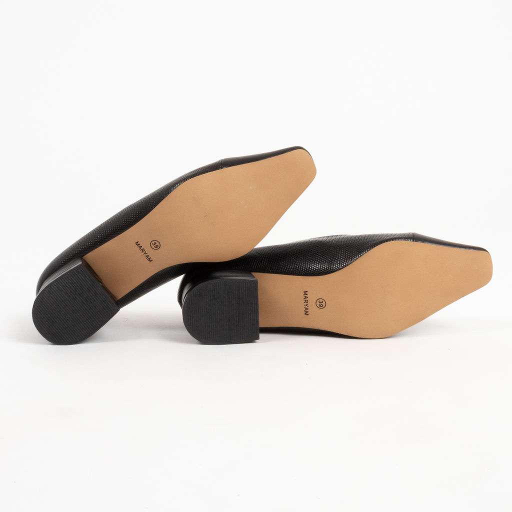 Design by Maryam Black Kitten Heels