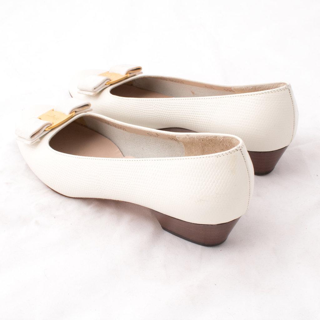 Vintage Salvatore Ferragamo heel