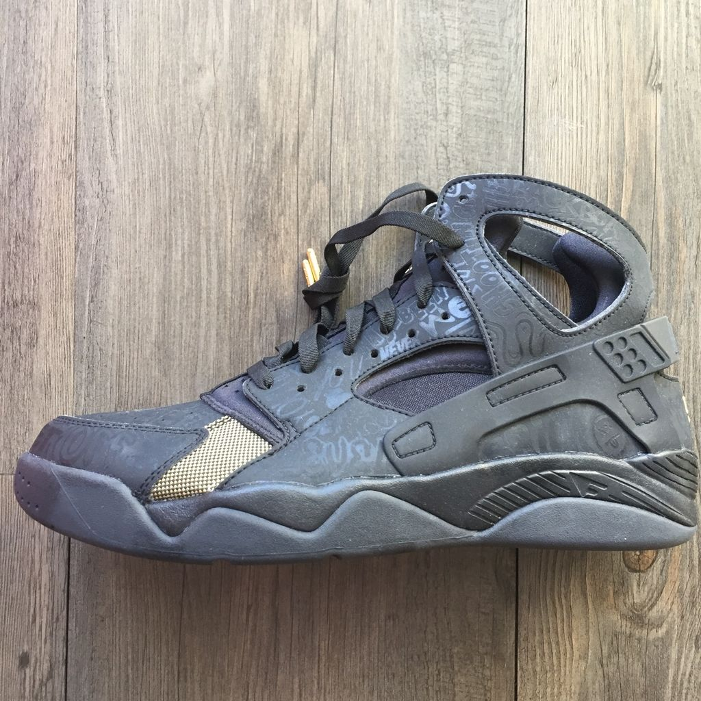 "Air Flight Huarache PRM QS ""Trash Talking"""